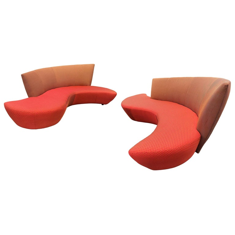 Midcentury Pair of Curved Serpentine Bilboa Sofas by Vladimir Kagan for Preview For Sale