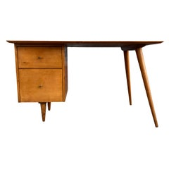 Midcentury Paul McCobb #1560 Double Drawer Desk Tobacco Maple Finish Brass