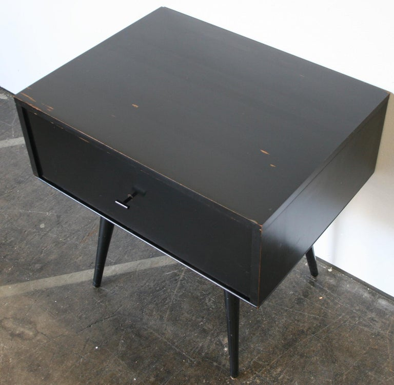 Mid-Century Modern Midcentury Paul McCobb Single Drawer #1500 Nightstand Black Maple T Pull For Sale