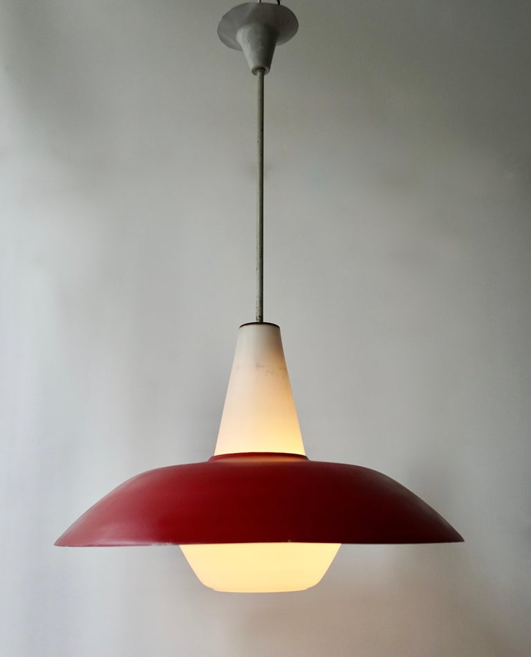 Midcentury Pendant in Metal and Opaline Glass For Sale 1