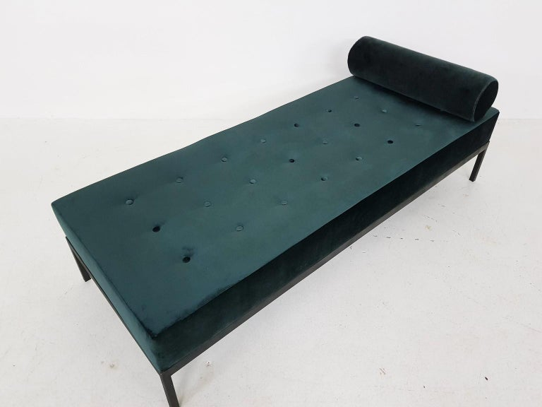 Midcentury Petrol Velvet and Metal Daybed, the Netherlands, 1960s For Sale 1
