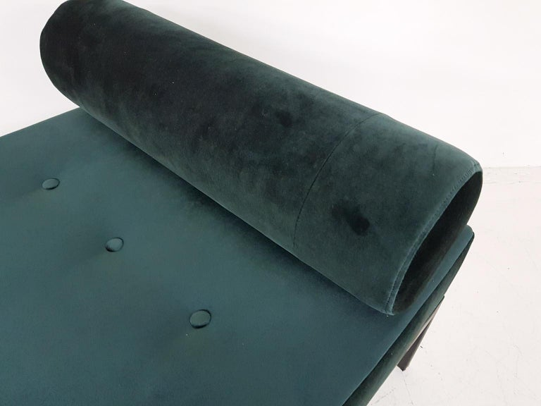 Midcentury Petrol Velvet and Metal Daybed, the Netherlands, 1960s For Sale 2