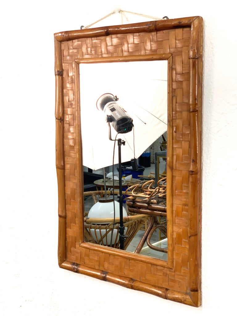 Midcentury Rectangular Italian Mirror with Bamboo Wicker Woven Frame, 1960s In Good Condition For Sale In Roma, IT