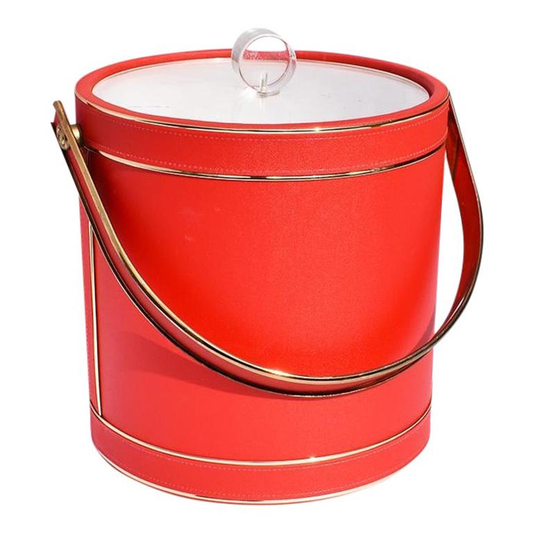 North American Midcentury Red Ice Bucket with Lucite Acrylic Top with Handle and Brass Details For Sale