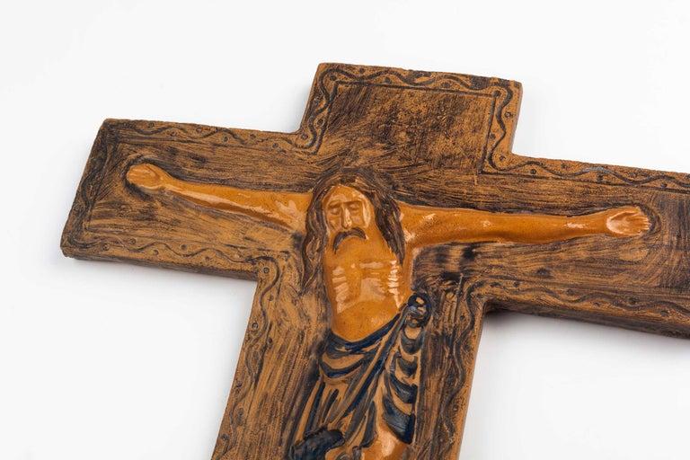 Midcentury Religious European Ceramic Crucifix, 1970s For Sale 2