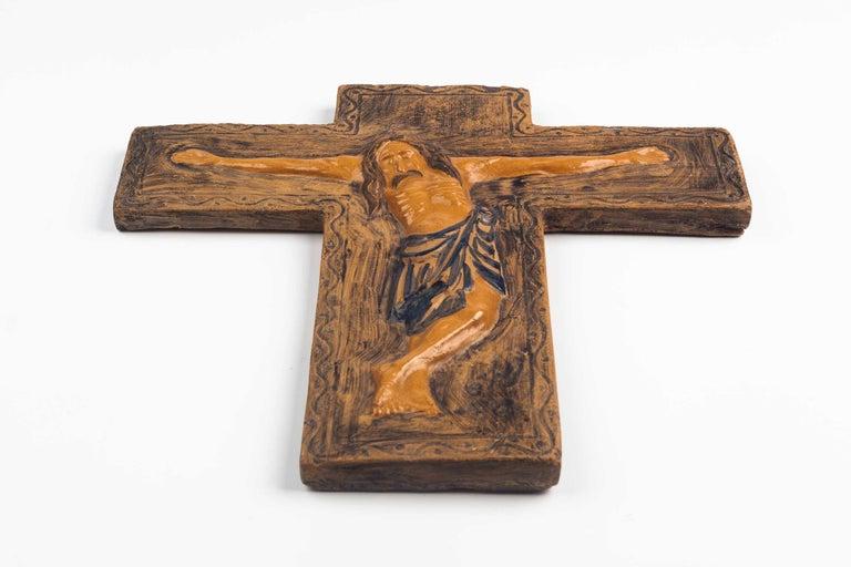 Mid-Century Modern Midcentury Religious European Ceramic Crucifix, 1970s For Sale