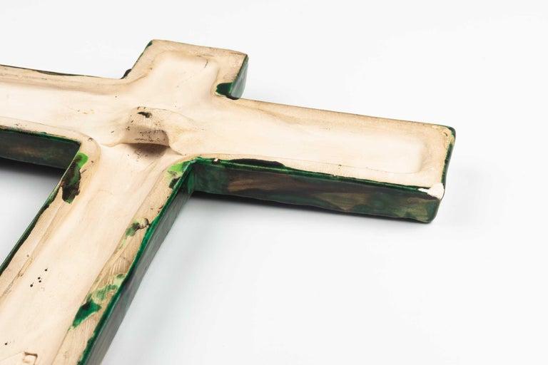 Midcentury Religious European Crucifix, Green, 1970s For Sale 2