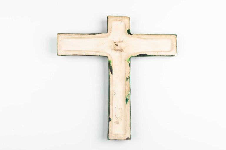 Midcentury Religious European Crucifix, Green, 1970s For Sale 3