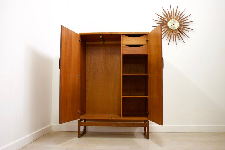 Mid-Century Modern Midcentury Retro Quadrille Compactum Wardrobe by G-Plan, 1960s For Sale
