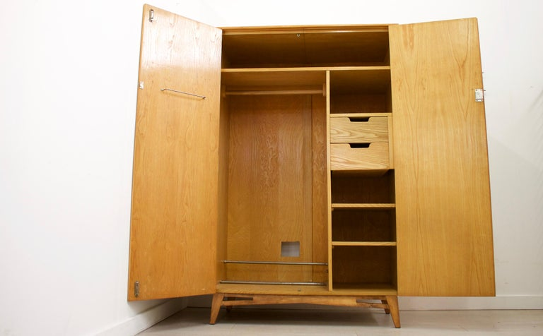British Midcentury Retro Walnut Wardrobe For Sale