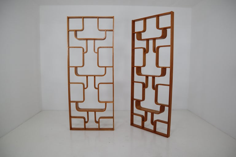 Ash Midcentury Room Divider Shelves for Thonet in Bent-Wood, circa 1960s For Sale