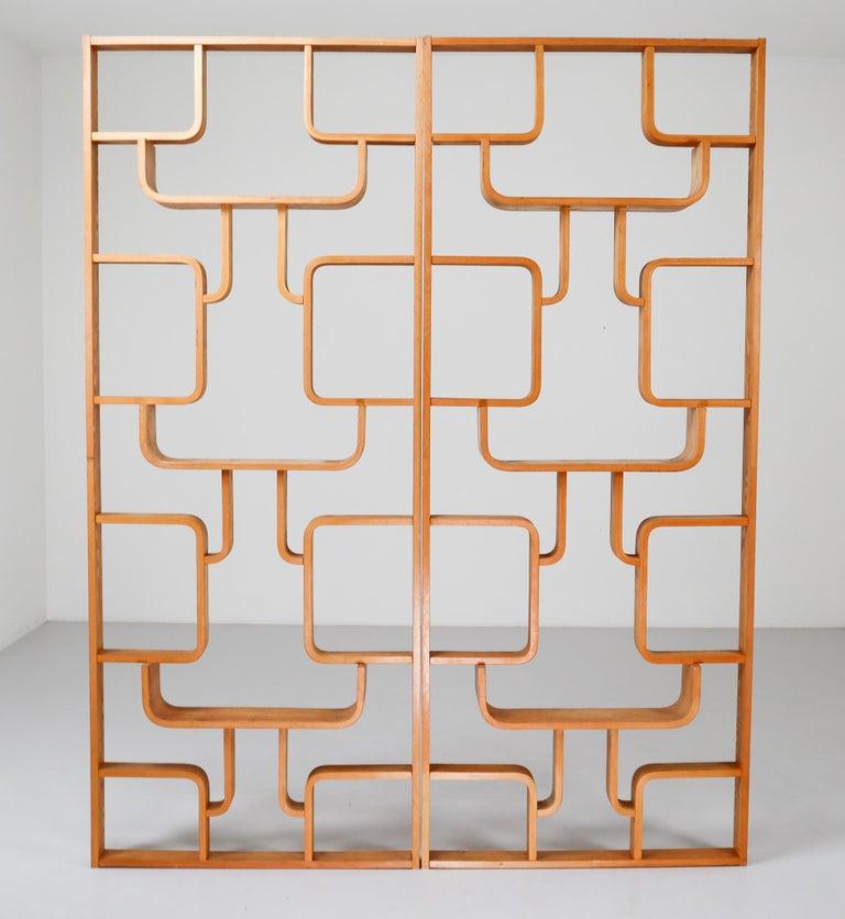 Midcentury Room Divider Shelves in Blond Bent-Wood, Praque, 1960s For Sale 3