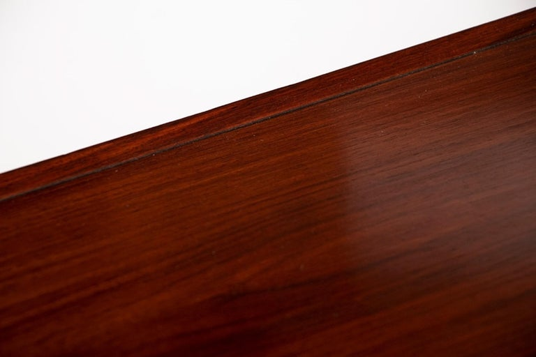 Midcentury Rosewood Desk by Torben Valuer & Henning Jensen In Good Condition For Sale In London, Greenwich