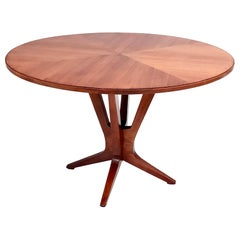 Midcentury Round Walnut Dining Table in the Style of Ico Parisi, Italy, 1950s