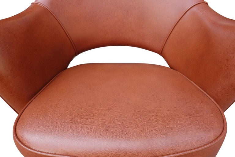 Midcentury Saarinen Executive Chairs for Knoll For Sale 3