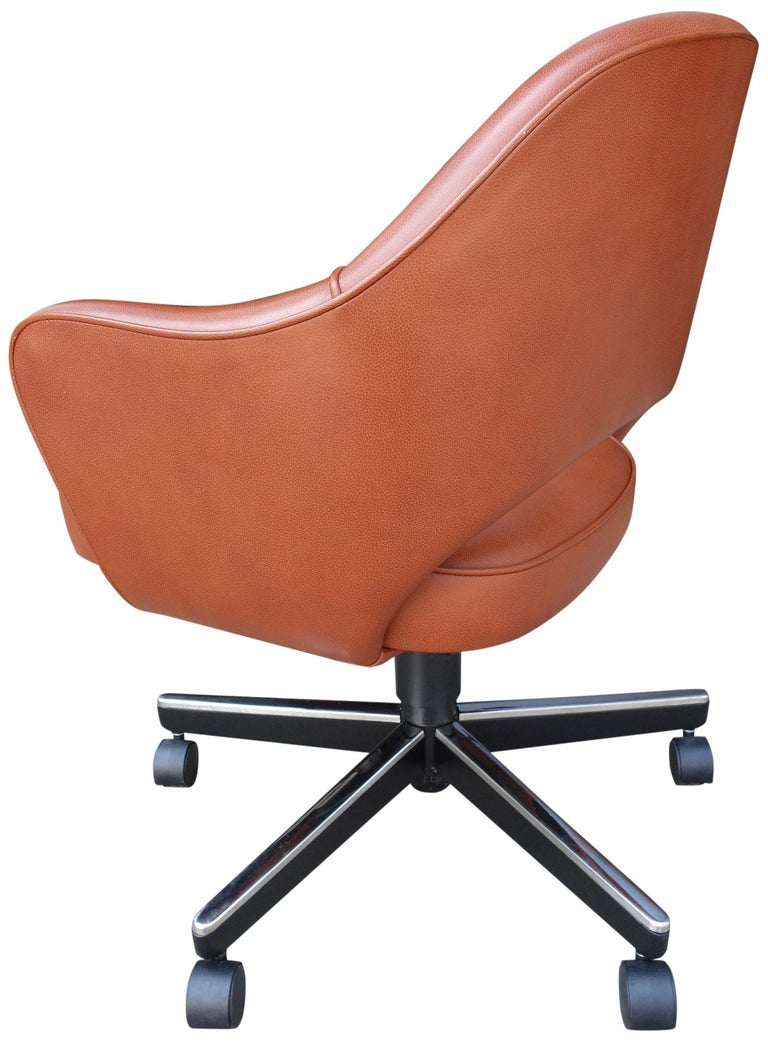 American Midcentury Saarinen Executive Chairs for Knoll For Sale