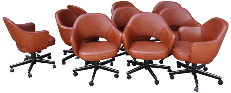 Midcentury Saarinen Executive Chairs for Knoll For Sale 1