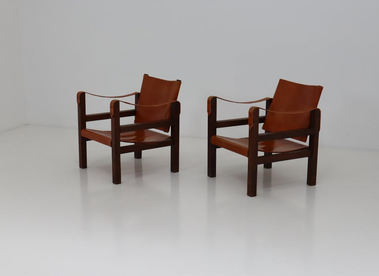 French Midcentury Safari Chairs in Oak and Cognac Patinated Leather, France, 1960s For Sale