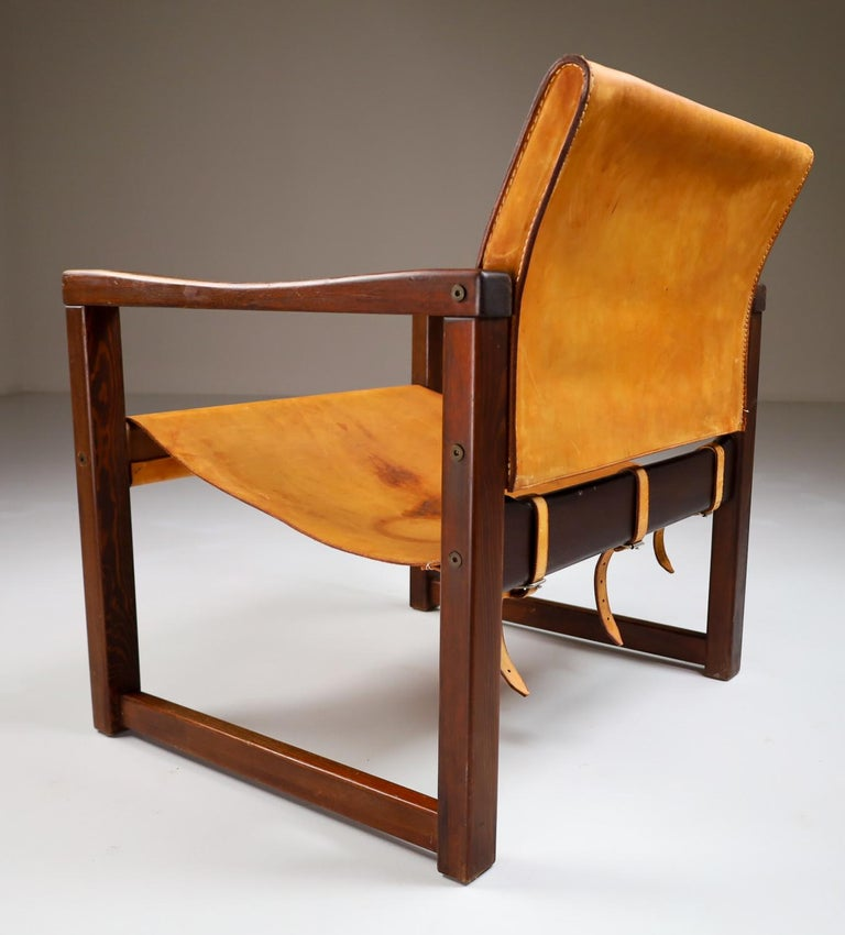 European Midcentury Safari Lounge Chair in Patinated Cognac Saddle Leather, 1970s For Sale