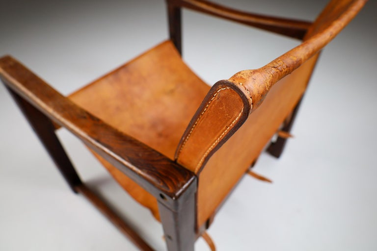 Midcentury Safari Lounge Chair in Patinated Cognac Saddle Leather, 1970s In Good Condition For Sale In Almelo, NL
