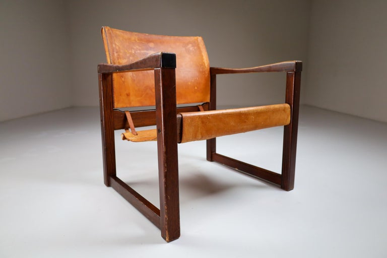 Midcentury Safari Lounge Chair in Patinated Cognac Saddle Leather, 1970s For Sale 1