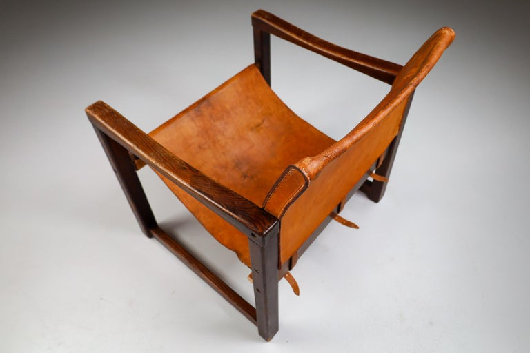 Midcentury Safari Lounge Chair in Patinated Cognac Saddle Leather, 1970s For Sale 3