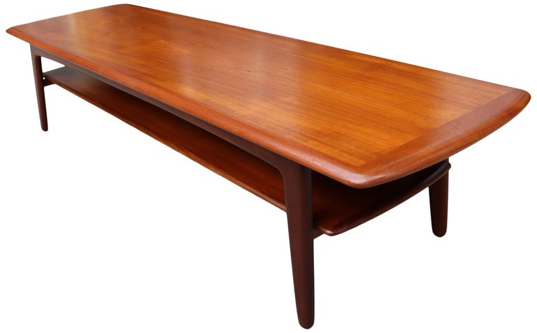 Midcentury Scandinavian Coffee Table by Svend Aage Madsen For Sale 3