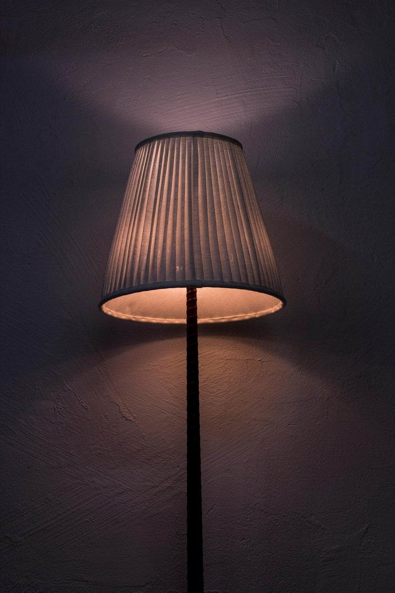 Midcentury Scandinavian Floor Lamp by Hans Bergström, Ateljé Lyktan, 1940s For Sale 4