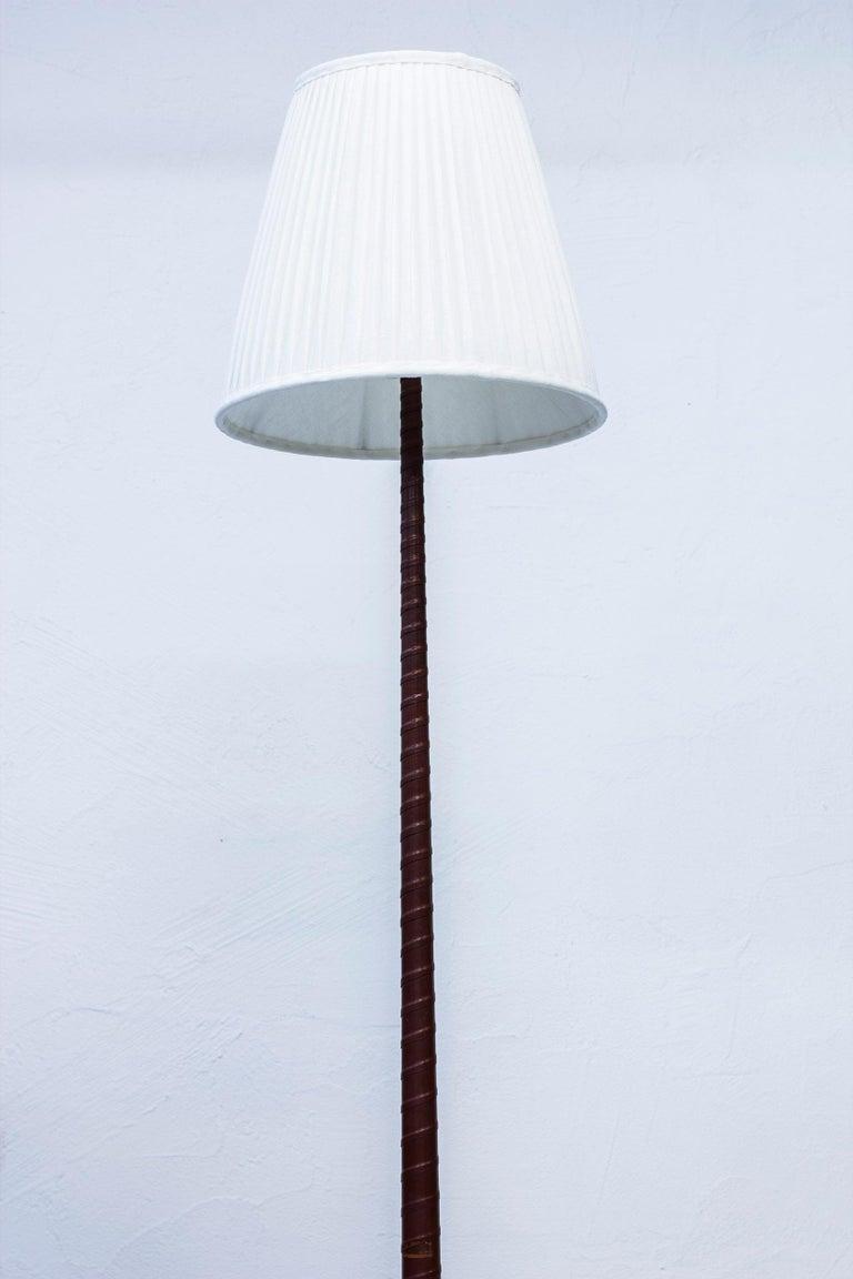 Mid-20th Century Midcentury Scandinavian Floor Lamp by Hans Bergström, Ateljé Lyktan, 1940s For Sale