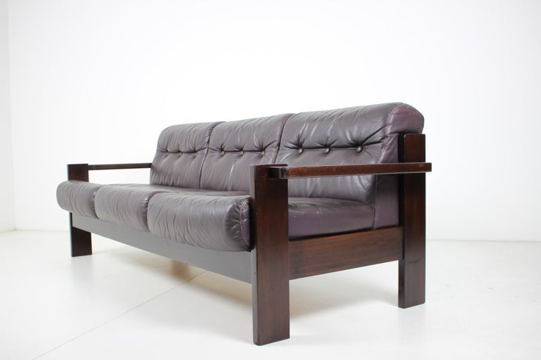 European Midcentury Scandinavian Leather Sofa, 1960s For Sale