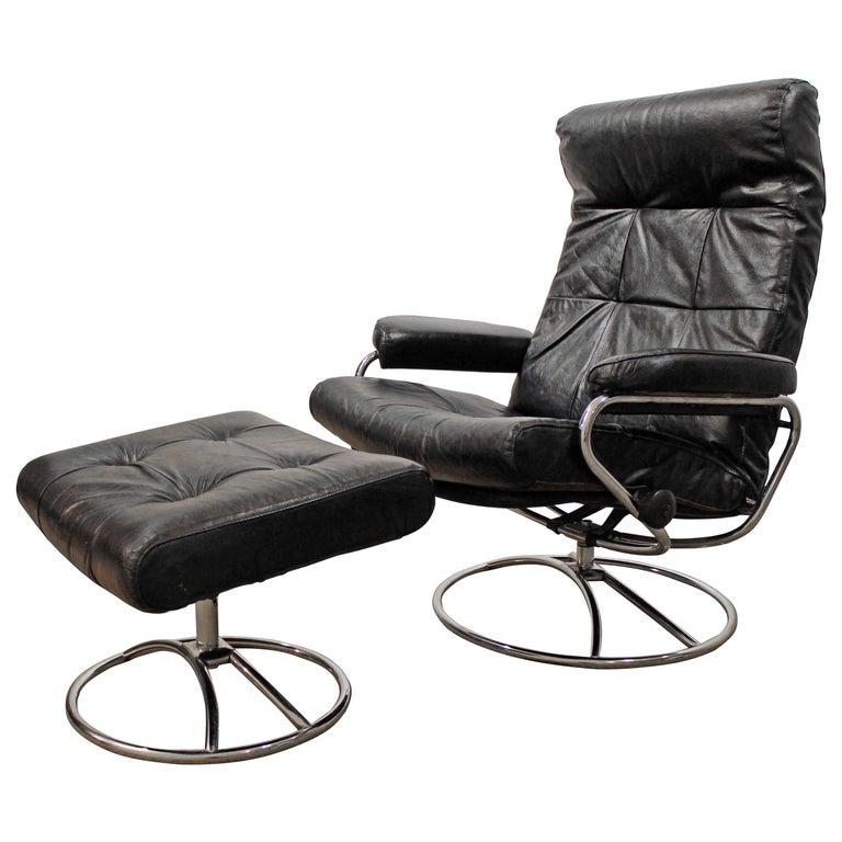 Midcentury Scandinavian Modern Ekornes Stressless Chrome Lounge