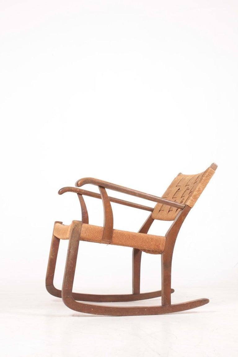 Scandinavian Modern Midcentury Scandinavian Rocking Chair in by Fritz Hansen, 1950s For Sale