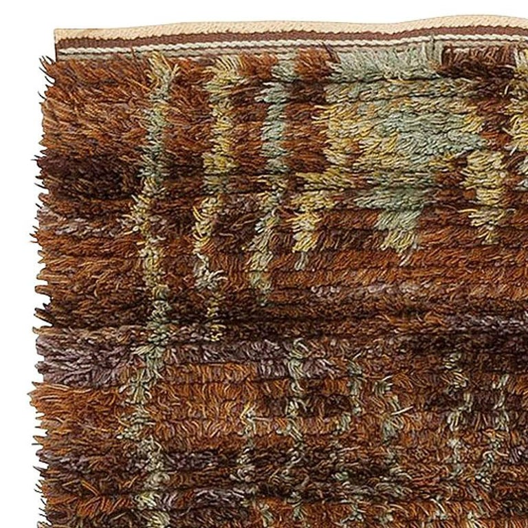 Midcentury Scandinavian Rya Rug by Helge Hamnert Hogsby In Good Condition For Sale In New York, NY