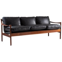 Midcentury Scandinavian Sofa in Leather and Rosewood by Torbjørn Afdal