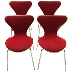 Midcentury Series 7 Chairs by Arne Jacobsen for Fritz Hansen, Set of Four