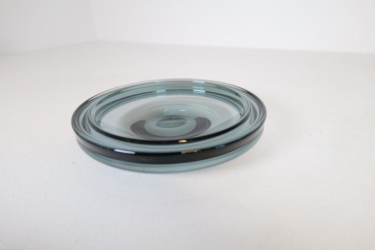 Midcentury Set of 2 Art Glass Vessels by Vicke Lindstrand for Kosta Sweden For Sale 2