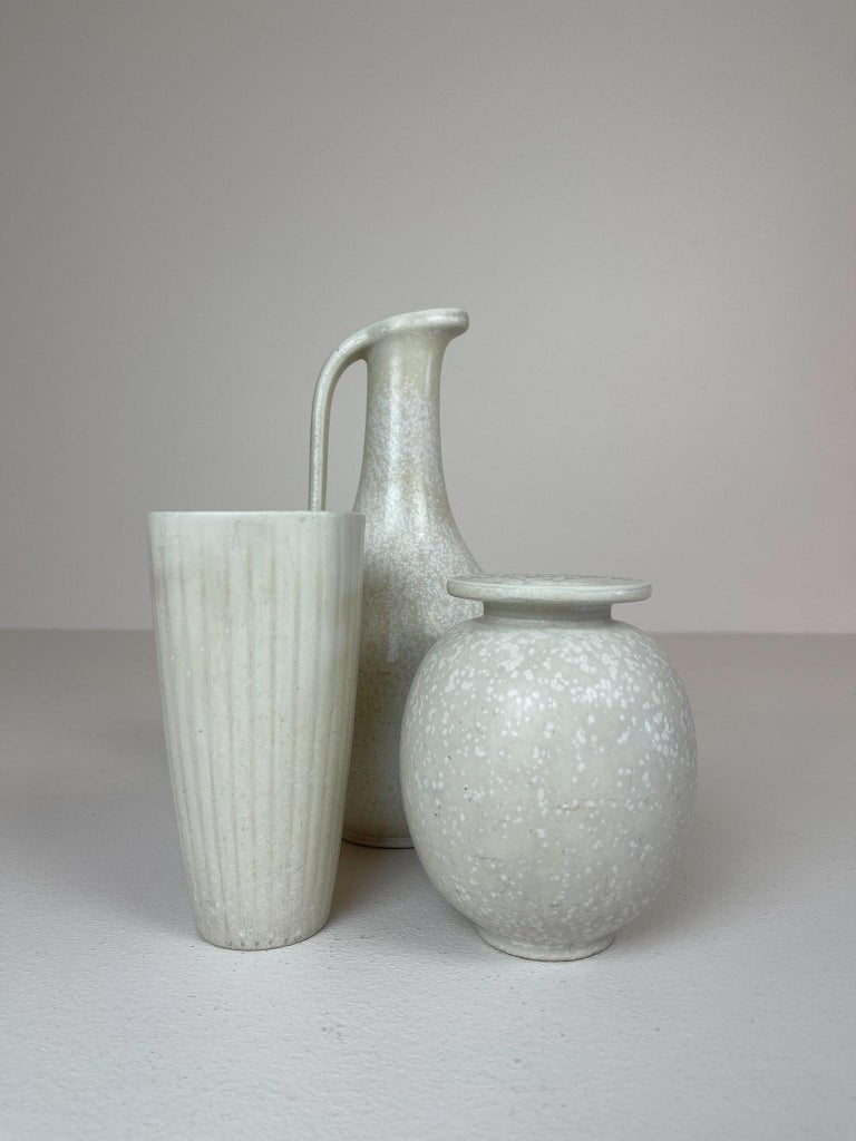 Swedish Midcentury Set of 3 Ceramic Pieces Rörstrand Gunnar Nylund, Sweden, 1950s For Sale