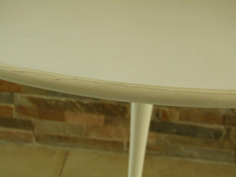 Mid-20th Century Midcentury Side Table Tulip by Saarinen for Knoll For Sale