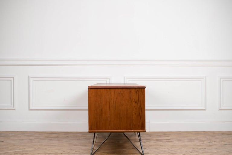 Minimalist & Organic Teak and steel sideboard - 1960 For Sale 11