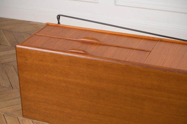 Minimalist & Organic Teak and steel sideboard - 1960 For Sale 12