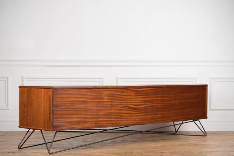 Minimalist & Organic Teak and steel sideboard - 1960 For Sale 15
