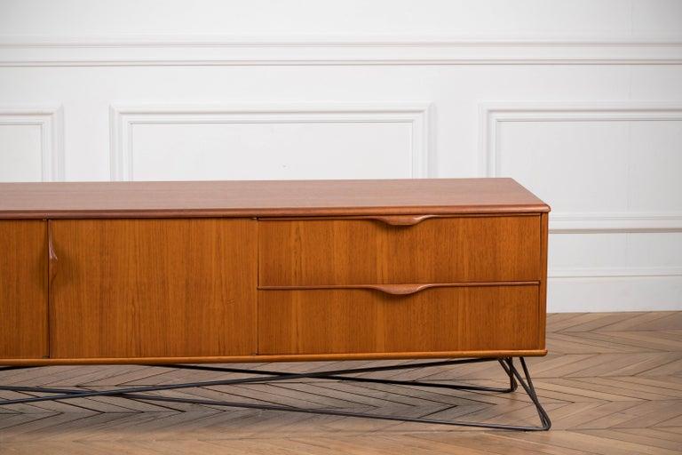 Minimalist & Organic Teak and steel sideboard - 1960 For Sale 3