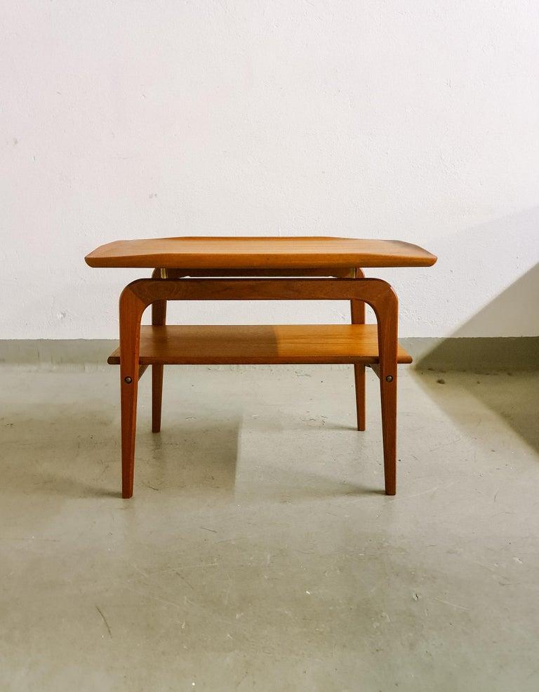 Midcentury Sidetable Arne Hovmand-Olsen for Mogens Kold in Teak In Good Condition For Sale In Langserud, SE