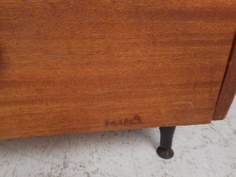 Midcentury Small Walnut Bookshelf or Cabinet For Sale 4