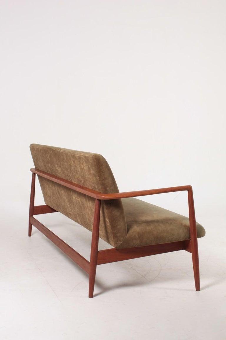 Midcentury Sofa in Teak and Velvet by C.B Hansen, 1950s For Sale 1
