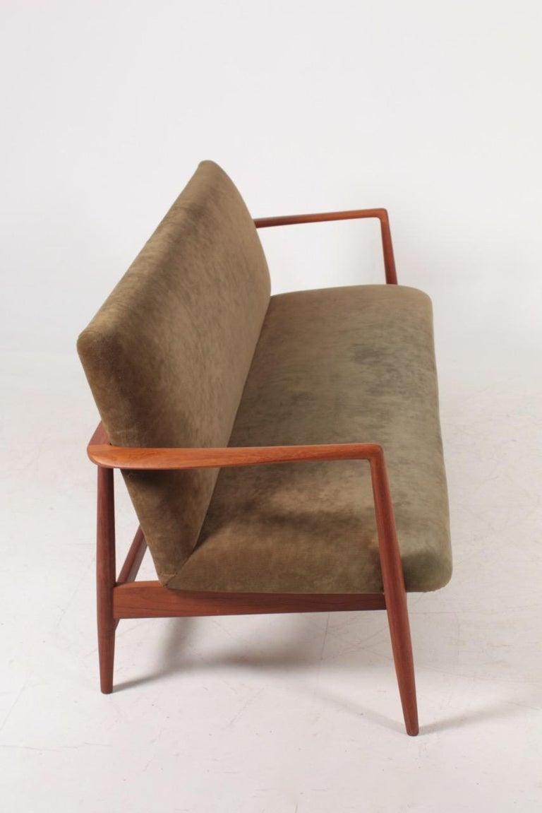 Midcentury Sofa in Teak and Velvet by C.B Hansen, 1950s For Sale 3