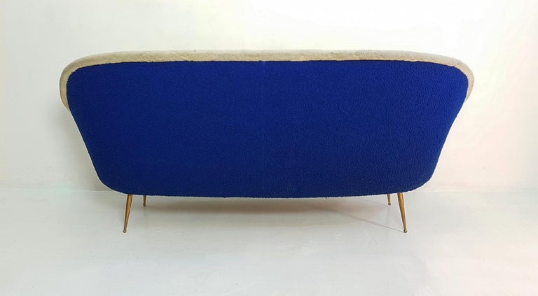 Midcentury Sofa with Brass Spider Legs by ISA Bergamo, Italy, 1959 For Sale 1