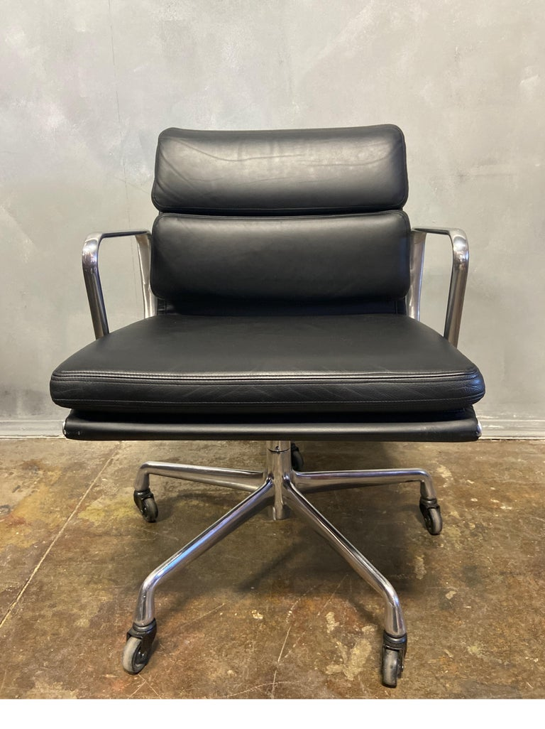 Mid-Century Modern Midcentury Soft Pad Chair by Eames for Herman Miller For Sale