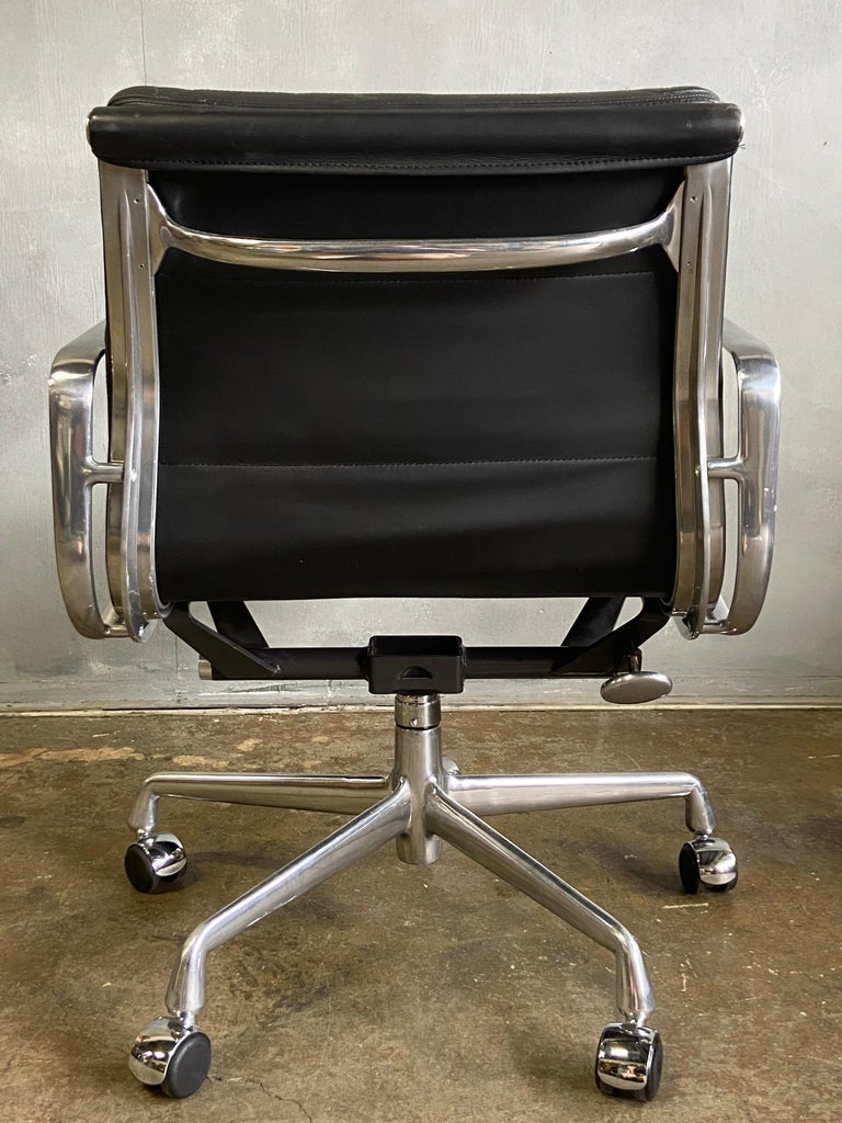 Mid-Century Modern Eames for Herman Miller Soft Pad Chairs in Black Leather For Sale