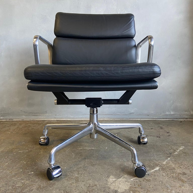 Aluminum Midcentury Herman Miller Soft Pad Chairs in Black Leather New Old Stock For Sale